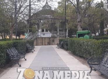 Luce limpia la Plaza El Jabalí