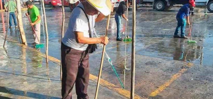 Mercado Municipal  debe de ser lavado