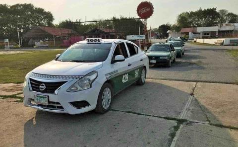 Taxistas necesitarán títulos para manejar