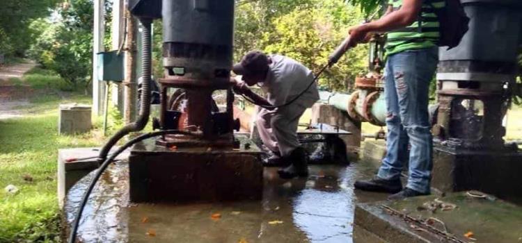 Sin agua la zona Tének