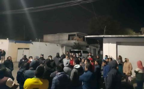 Presidente Municipal de Tlaxcoapan dialogó con vecinos de la localidad de Doxey luego de la retención de dos presuntos delincuentes