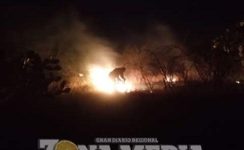 Policías controlaron otra quema de pasto