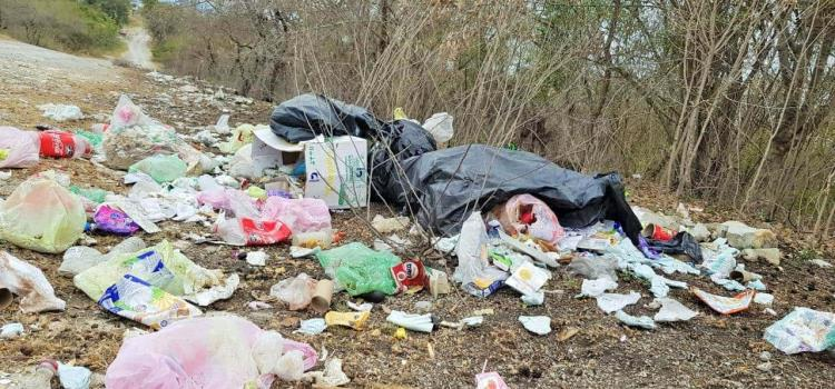 Muchos tiraderos de basura clandestinos
