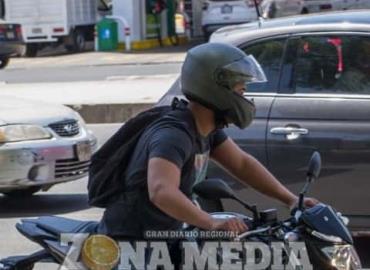 Motociclistas son afectados