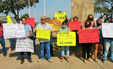 Denuncian imposición en candidaturas de Morena
