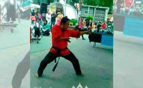 Karate deporte de las manos vacías