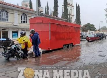 Lluvias afectan a los vendedores