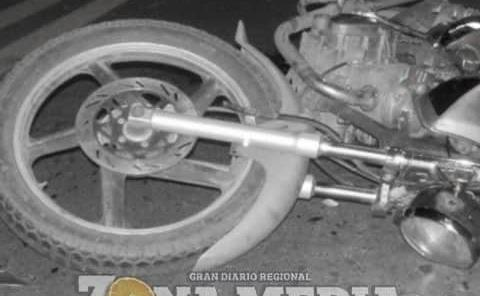 Motociclista derrapó Al manejar borracho