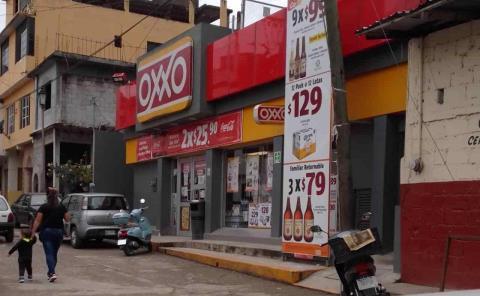 ¡Robo en el OXXO!