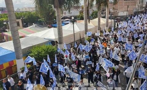 Multitudinario inicio de campaña en RV