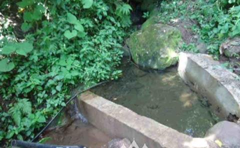 Contaminación riesgo para los manantiales
