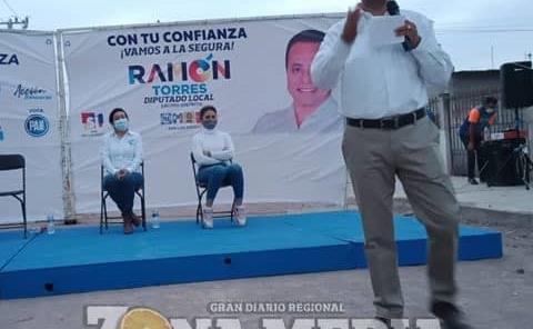 Sergio Gama y Ramón Torres recorrieron ejido