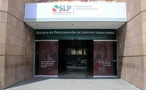 Congelan denuncias contra ex diputados