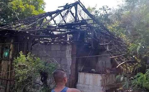 Incendio arrasó con una vivienda