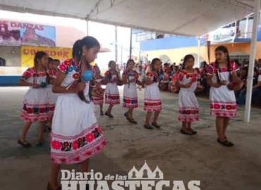 Invitan a rescatar las danzas tradicionales
