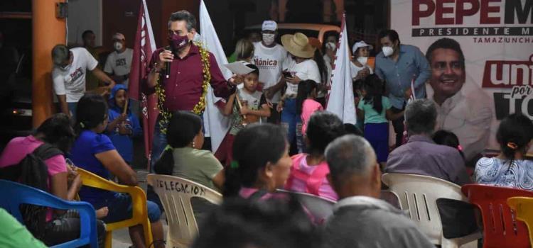 Alcalde morenista quieren ejidatarios