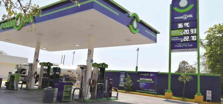 Alcanza gasolina precio más caro