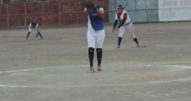 Buenos duelos esperan en softbol femenil