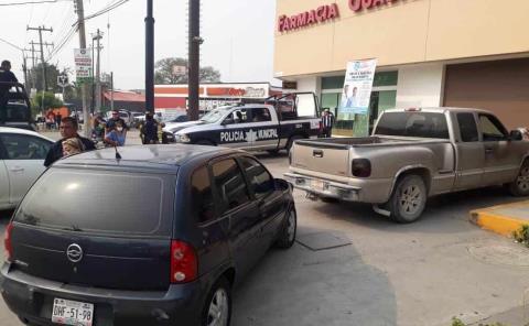 Dos vehículos se impactaron
