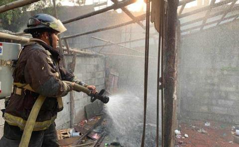 Incendio acabó con una casa