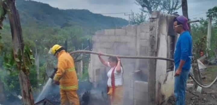 Incendio de casa causó movilización