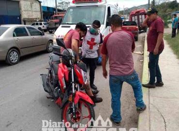 Camioneta arrolló  a un mecánico