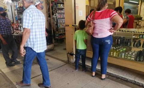 Padres exponen a hijos al Covid