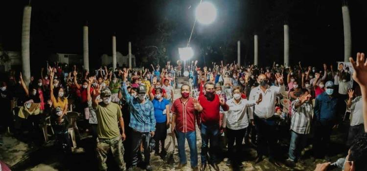 Localidades respaldan a Pepe Meza Vidales
