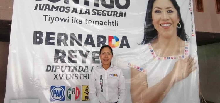 Bernarda apuesta por la educación indígena