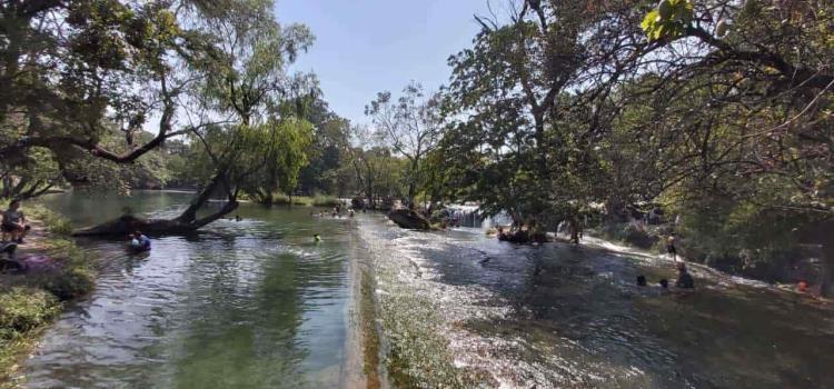 Siguen bajando niveles de ríos