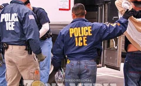 Paisanos en riesgo de deportaciones