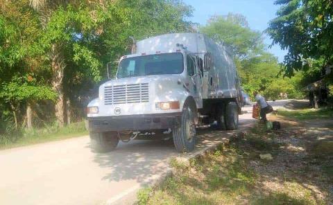 Rentan camiones para recolección de basura
