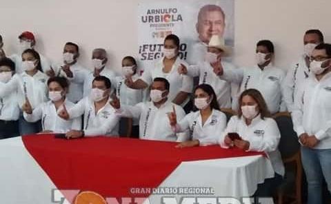 Arnulfo Urbiola presentó planilla