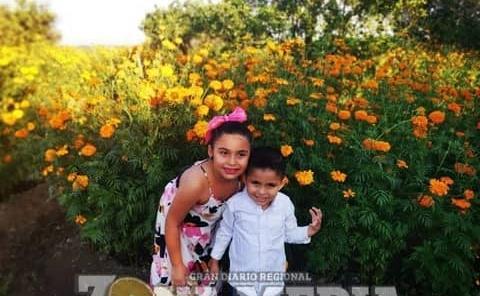 Felices en este día Fernanda y Jacobo