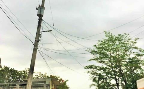 Denuncian vecinos 3 meses de 'apagones'