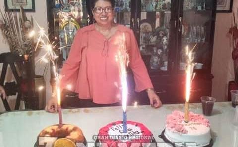 Apapachada en su fecha Tere Castillo