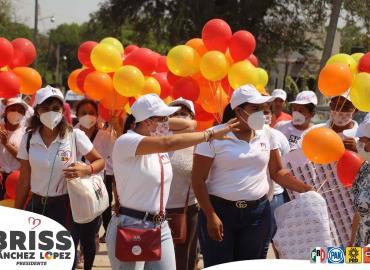 """Cercanía social en campaña de """"Briss"""""""