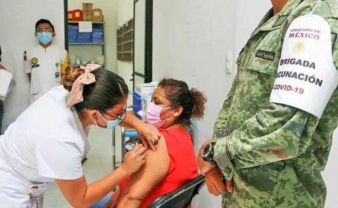 Iniciará en Valles vacunación 50-59
