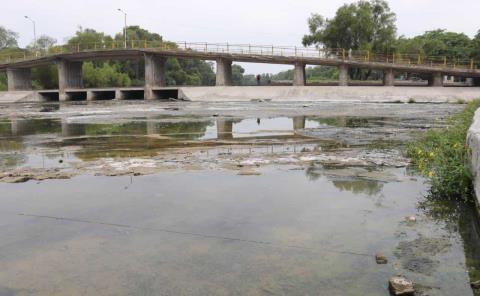 Vuelve a caer el nivel del río