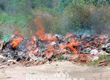 Evitan quema de pastizales