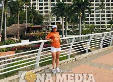 Visitó Guayabitos Adriana Maya