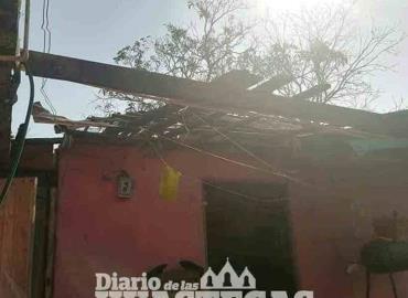 Ventarrón deja sin techos a viviendas