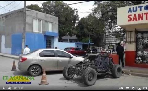Choque de vehiculo contra auto tubular