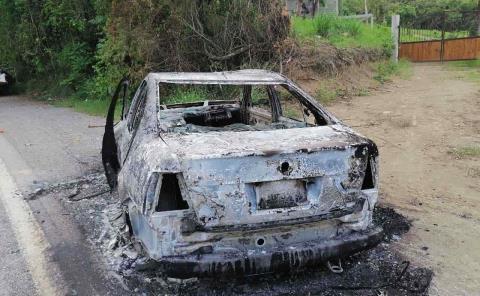 Quemaron vehículo a promotor de Jovanny
