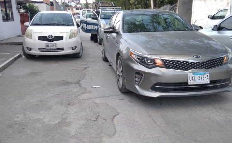 2 automóviles se impactaron