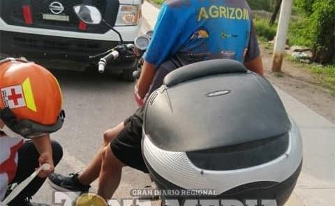 Jovencito cayó de motocicleta