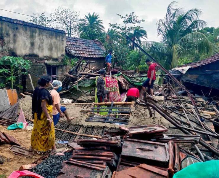 Devastación por paso de ciclón