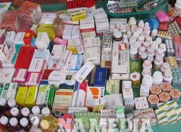 Ofertan medicina sin ser supervisada