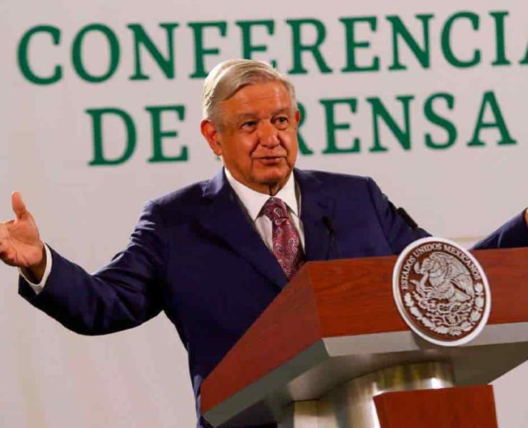 Mete EU manos  en vida de México