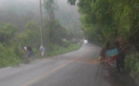 Derrumbes en carreteras